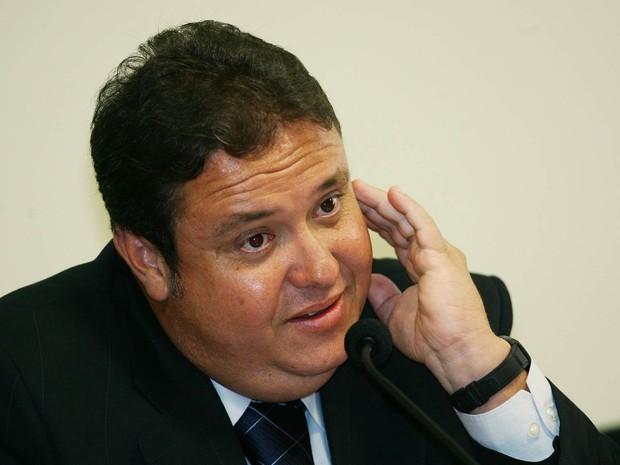 João Claudio Genu, ex-assessor do deputado José Janene e da liderança do PP na Câmara, em foto de setembro de 2005 (Foto: Joedson Alves/Estadão Conteúdo)