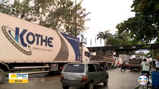Comerciantes fazem protesto no Ceasa