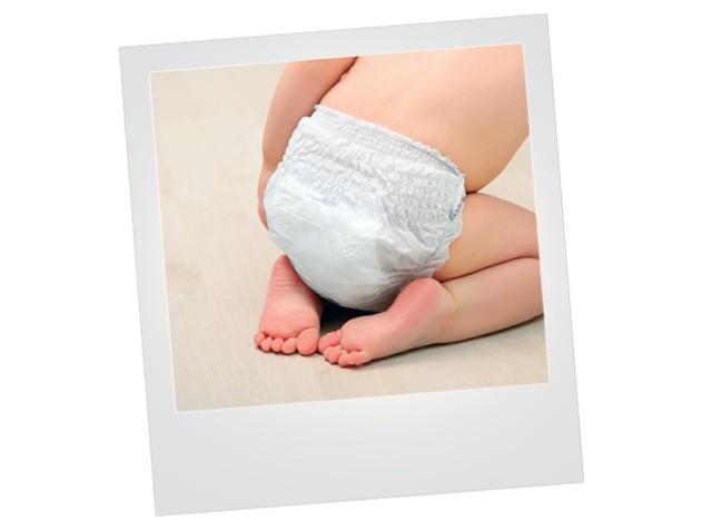 Polaroid com foto de bebê de fralda descartável (Foto: Thinkstock)