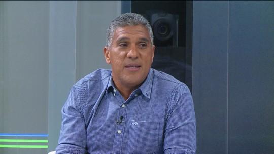 """Silas diz que primeiro """"bâmbi"""" foi ex-goleiro corintiano Ronaldo: """"Leão botou apelido"""""""
