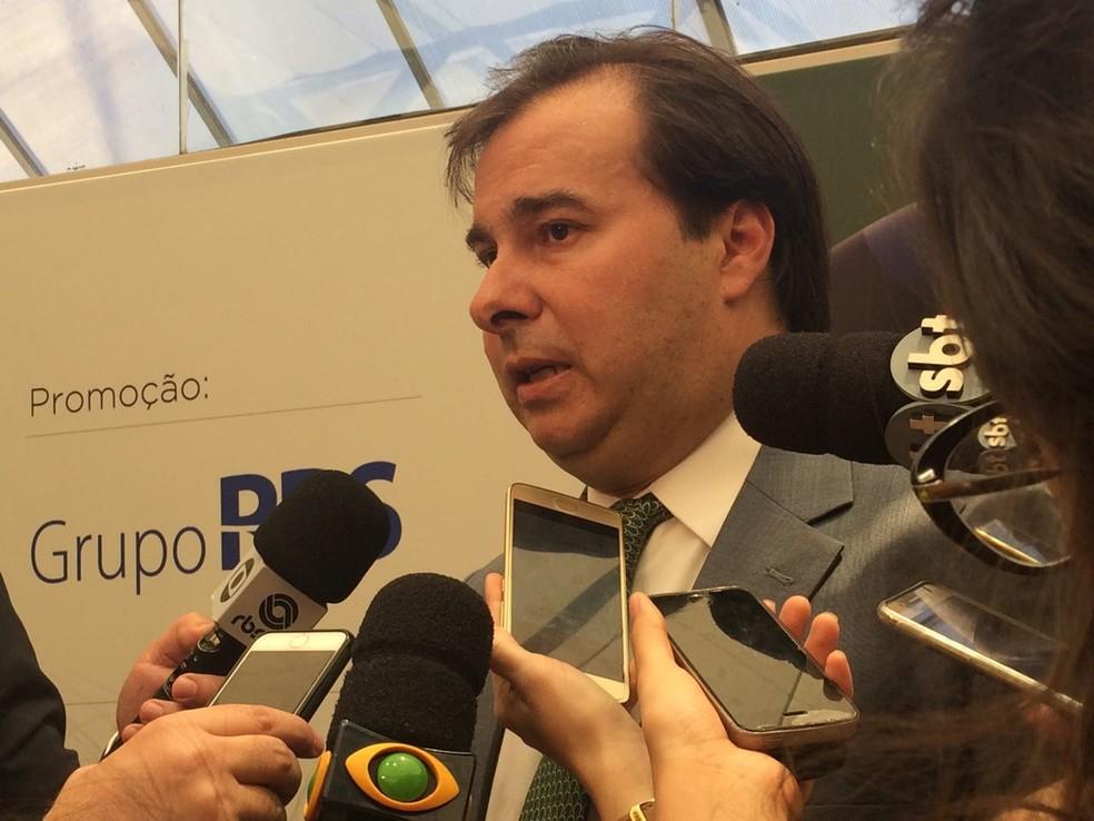 Deputado Rodrigo Maia  (DEM-RJ) em evento em Porto Alegre na última segunda-feira (20) (Foto: Rafaella Fraga/G1)