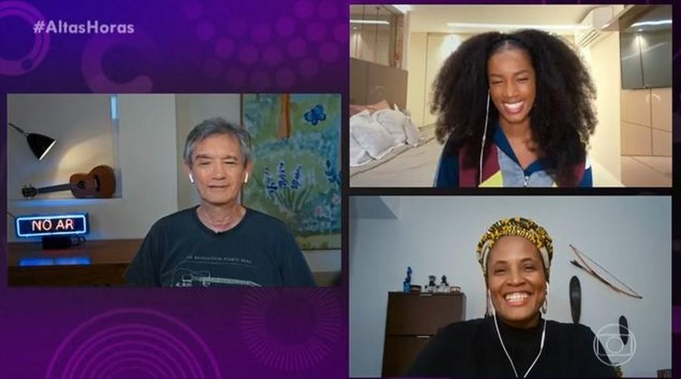 'Altas Horas' com IZA e Djamila Ribeiro  — Foto: Globo