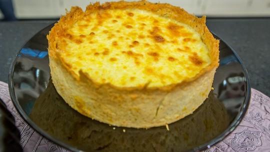 Veja a receita de torta de frango do 'Mais Você': com uma deliciosa cobertura de muçarela e requeijão