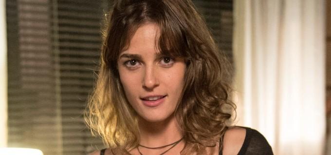Priscila Steinman é Sofia em 'Totalmente demais' (Foto: TV Globo)