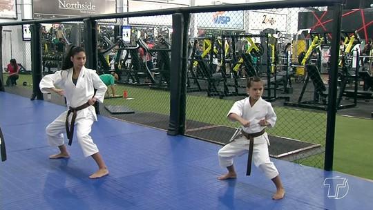 Monã e Manu intensificam treinos para Campeonato Norte e Nordeste de Karatê em Belém