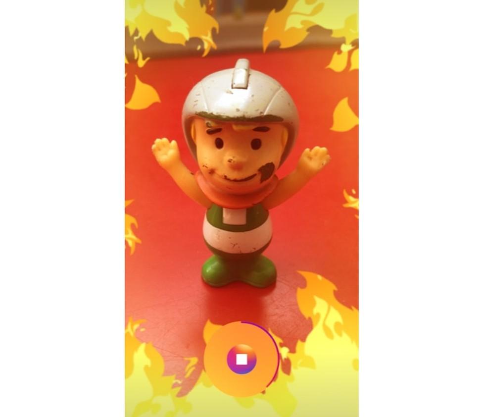 Simulação de incêndio como efeito superzoom do Instagram Stories (Foto: Reprodução/Marvin Costa)