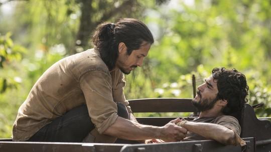 Cássio leva flechada defendendo Afonso