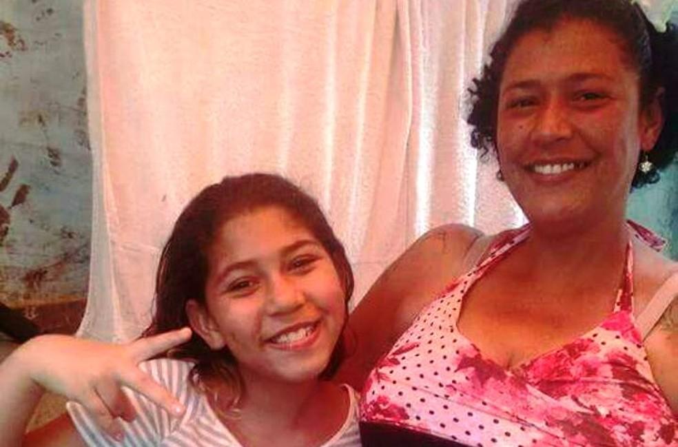 Garota foi encontrada morta em Santos (Foto: Reprodução/Facebook)