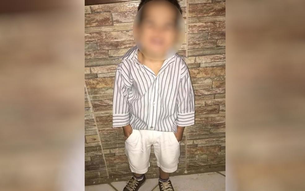 Menino foi encontrado morto com sinais de asfixia e violência sexual dentro de casa, em Goiânia — Foto: Reprodução/TV Anhanguera