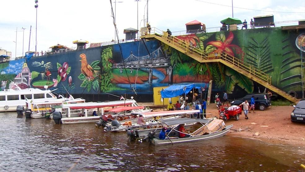 Orla de Manaus ganha 'paredão' colorido em projeto de grafite por artistas amazonenses — Foto: Rede Amazônica