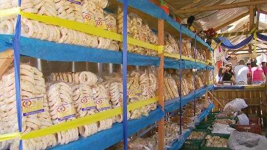 Festa do Biscoito de São Tiago traz cinco toneladas de quitutes e cem tipos de biscoitos