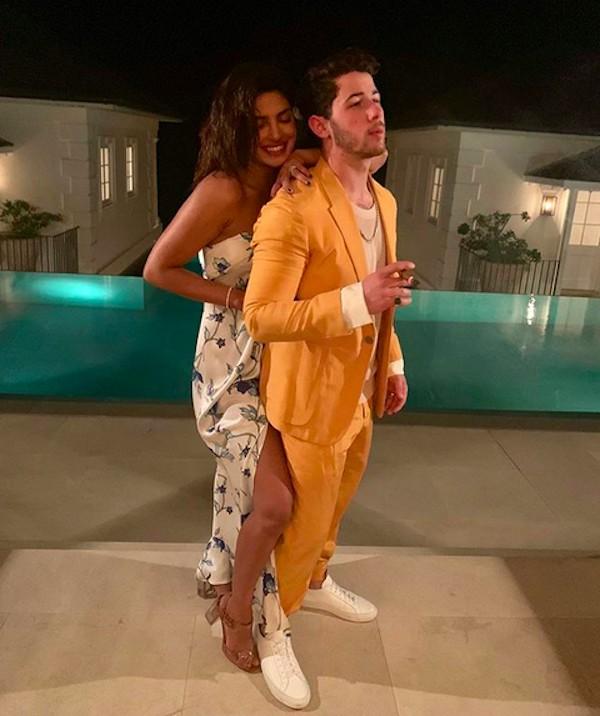 Priyanka Chopra e Nick Jonas na segunda viagem de Lua de Mel dos dois, no Caribe (Foto: Instagram)