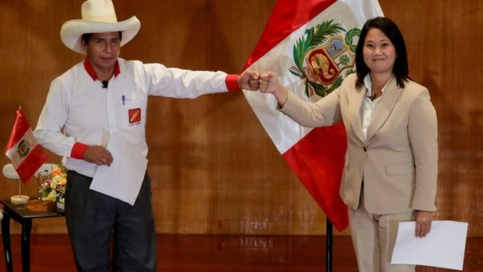 Pedro Castillo e Keiko Fujimori, que disputam o segundo turno da eleição presidencial peruana — Foto: Sebastian Castaneda/Reuters