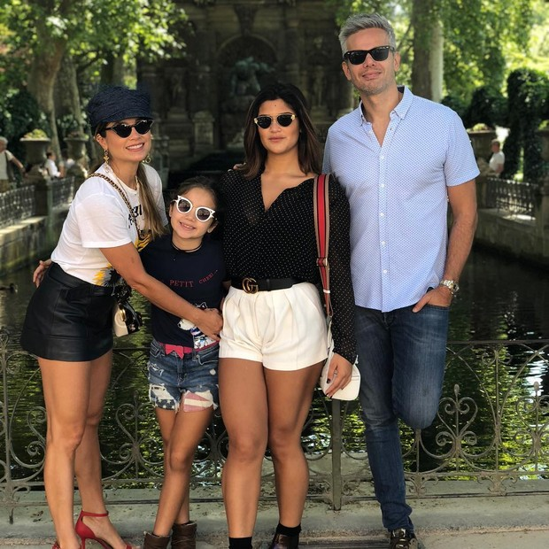Alessandra, Olívia, Giulia e Otaviano Costa (Foto: Reprodução/Instagram)