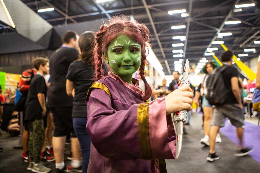 Pequena cosplay de Gamora de 'Guardiões da Galáxia' na CCXP — Foto: Fabio Tito / G1