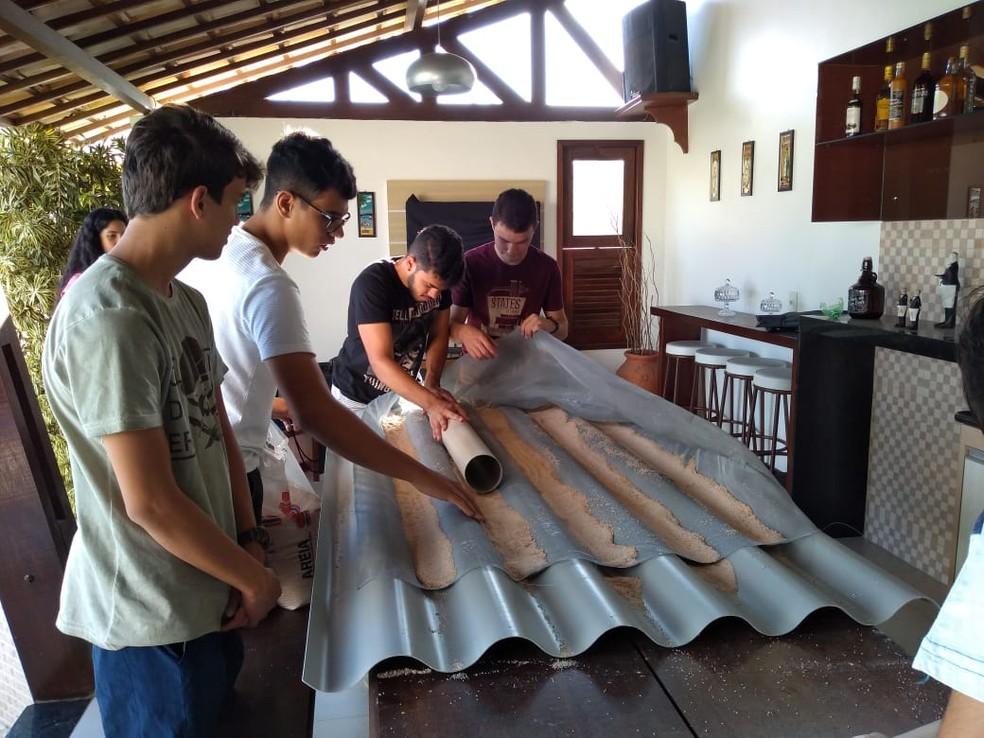 Projeto 'Telha Oásis' foi desenvolvido por estudantes durante competição em escola de Campina Grande — Foto: Ronaldo Justino/Arquivo Pessoal
