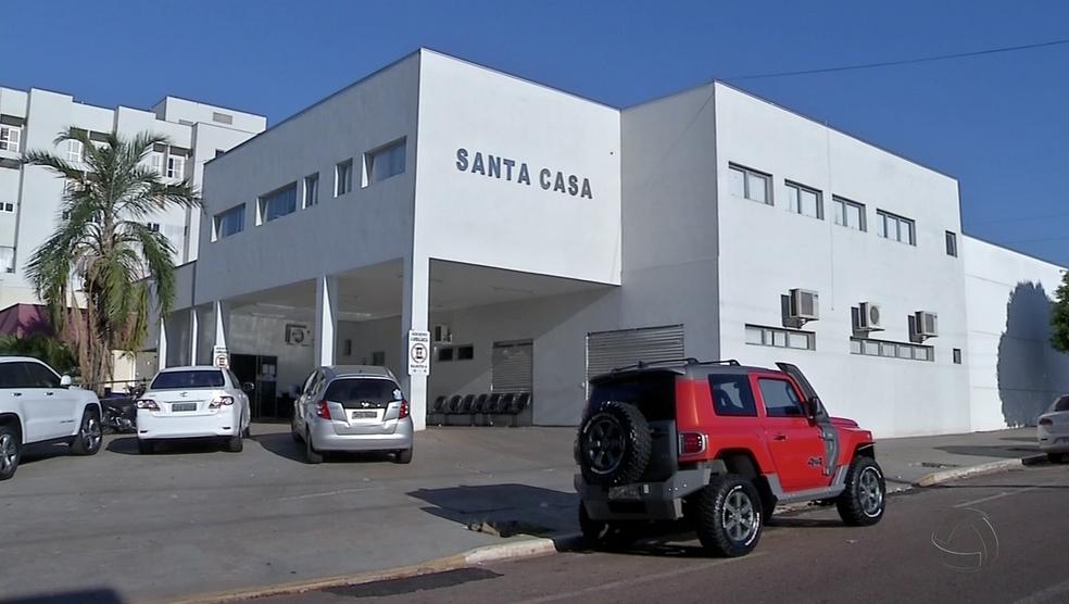 -  Atendimentos foram reduzidos na Santa Casa de Rondonópolis por falta de verba  Foto: Reprodução/TVCA