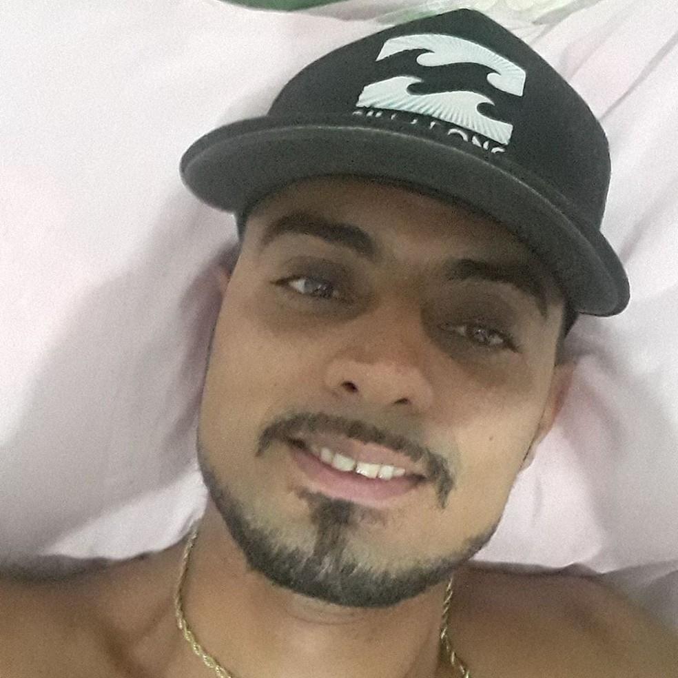 Maivison Bentemuller, motorista de aplicativo de 35 anos, foi morto na madrugada do último domingo (19) — Foto: Reprodução/Facebook