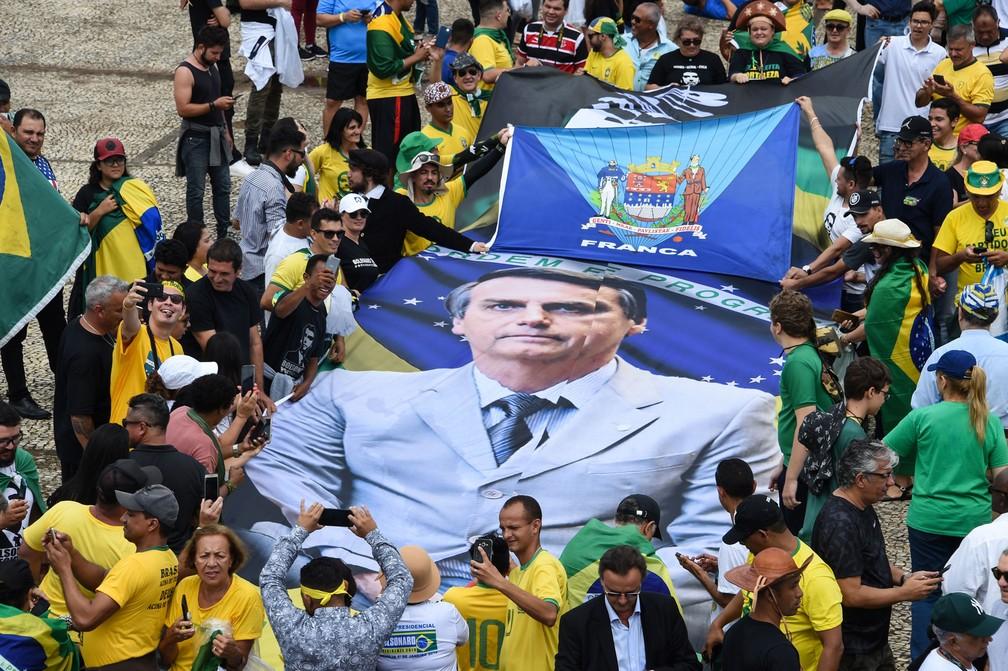 Público chega para posse de Bolsonaro, em Brasília — Foto: Evaristo Sá/AFP