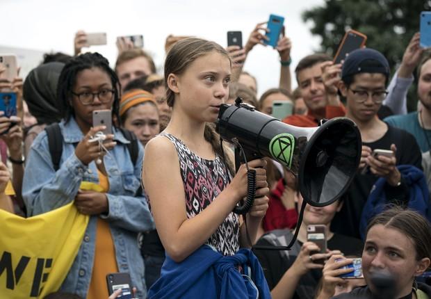 A ativista Greta Thunberg participa de protesto em frente à Casa Branca, em Washington (Foto: Sarah Silbiger/Getty Images)