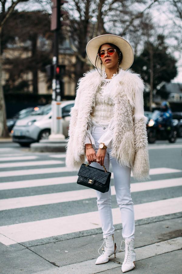 Jeans branco (Foto: Imaxtree)
