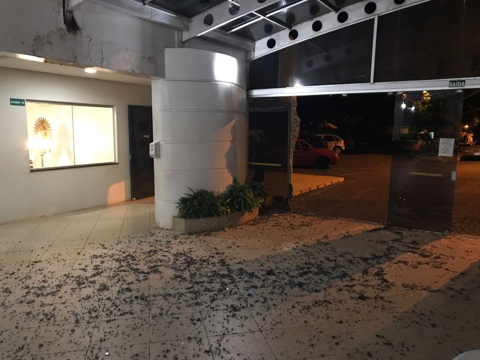 Apesar de acontecer um velório no local, ninguém ficou ferido  (Foto: Lucas Cidade/Rádio Uirapuru)