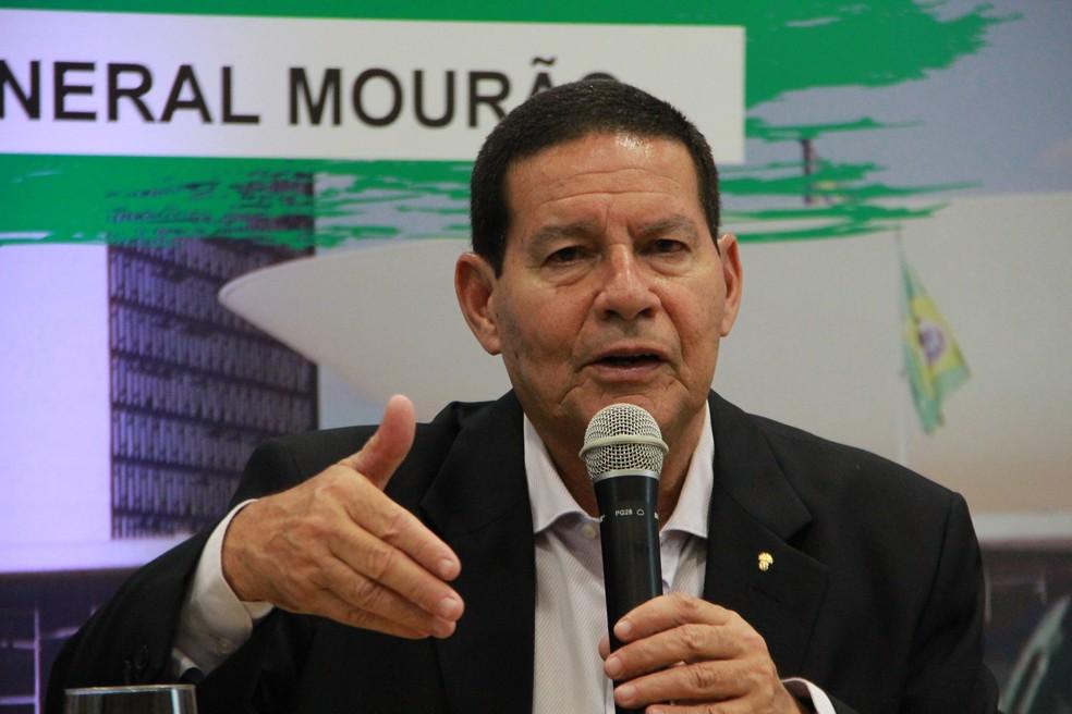 General Hamilton Mourão durante palestra em Manaus â?? Foto: Rickardo Marques/G1 AM