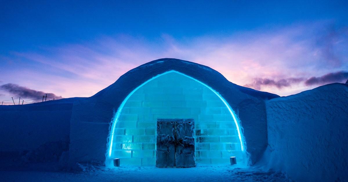 Hotel na Suécia tem suítes feitas de gelo e sauna mais fria do mundo