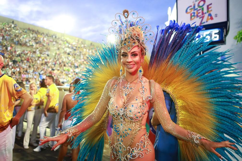 Larissa Neto é destaque da Unidos da Tijuca — Foto: Rodrigo Gorosito/G1