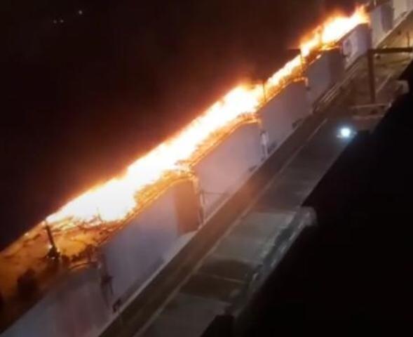 Incêndio de grandes proporções atinge camelódromo em Rio Preto