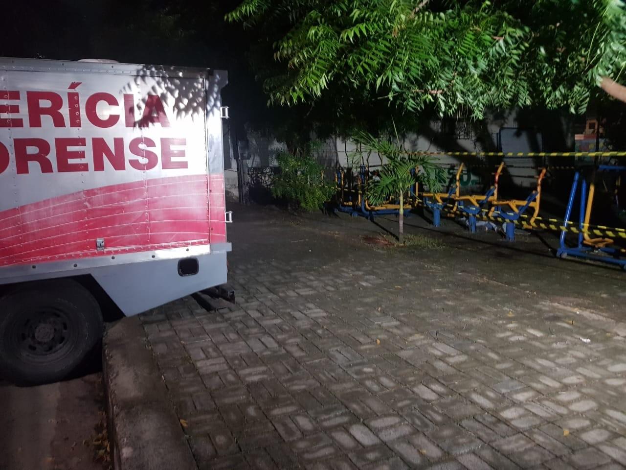Educador físico é morto a tiros quando se exercitava em praça de Fortaleza