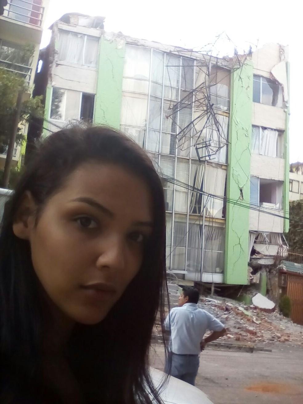 Lisandra Mendes mora na capital mexicana há 10 meses; na foto, parte de um prédio que ficou destruído pelo terremoto (Foto: Arquivo pessoal)