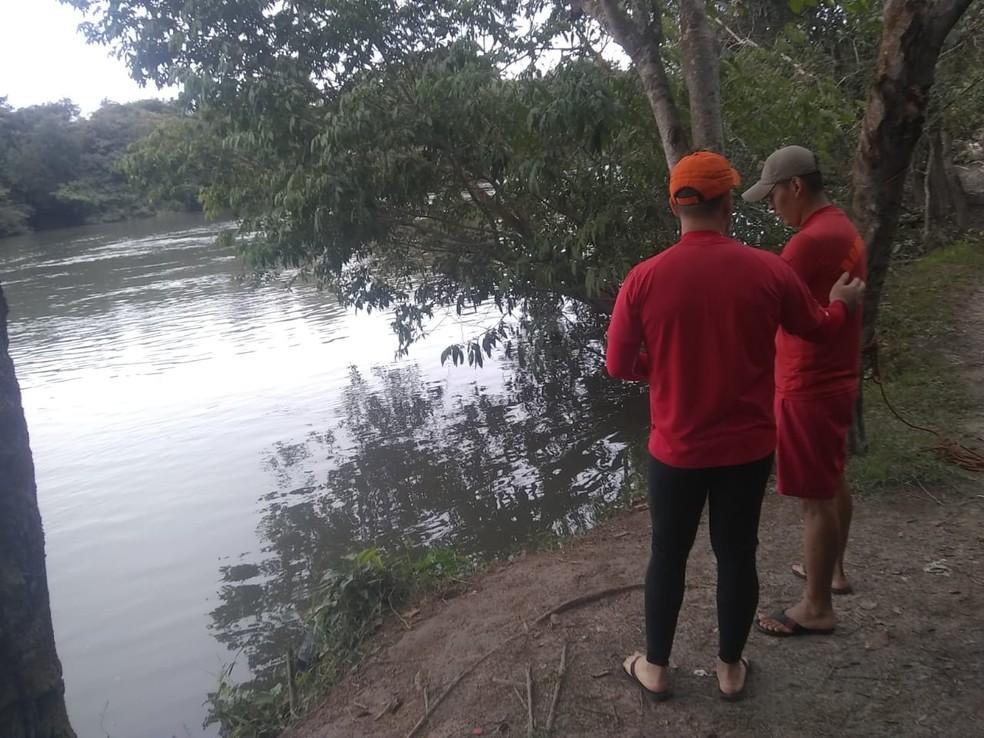 Buscas no Rio Verde, em Lucas do Rio Verde — Foto: Corpo de Bombeiros de Mato Grosso/Assessoria