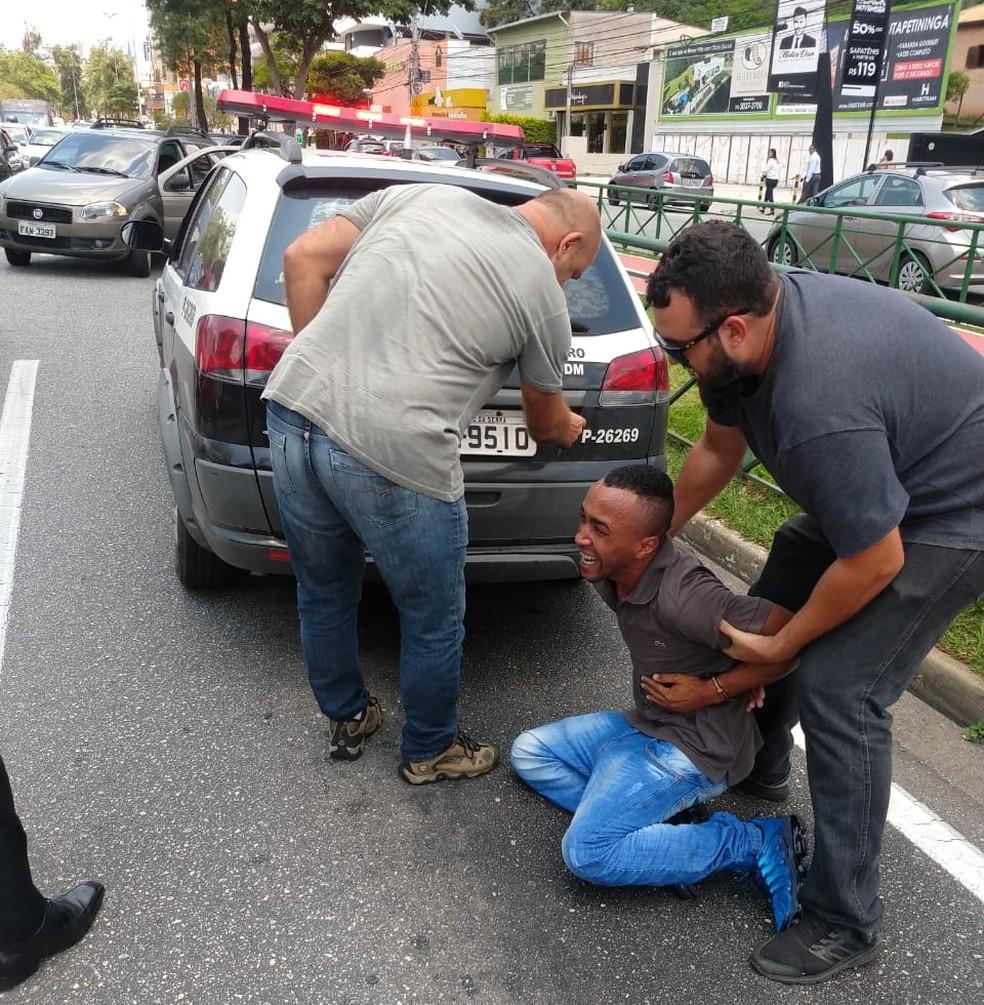 Suspeito foi preso pela Polícia Civil em Sorocaba — Foto: Polícia Civil/Divulgação