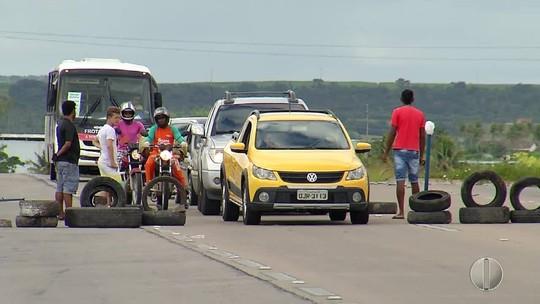 Em mais um dia de greve, RN tem estradas bloqueadas, desabastecimento e frota de ônibus reduzida