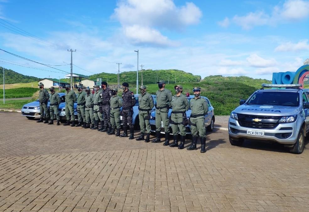 O destacamento da PM circula pelas ruas  — Foto: Operação Covid-19/Cipoma