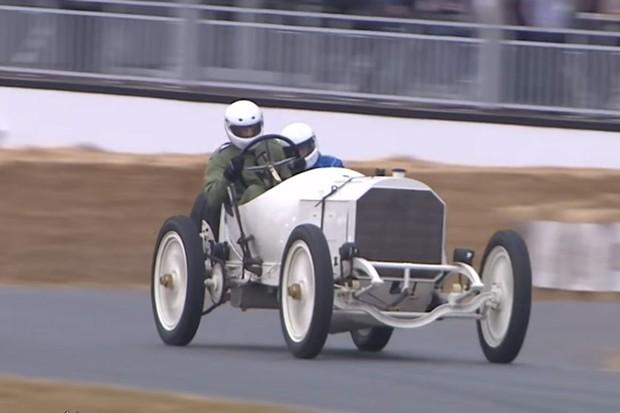 Mercedes-Benz de Grand Prix foi feito em 1908 e mandou bem na subida (Foto: Divulgação)