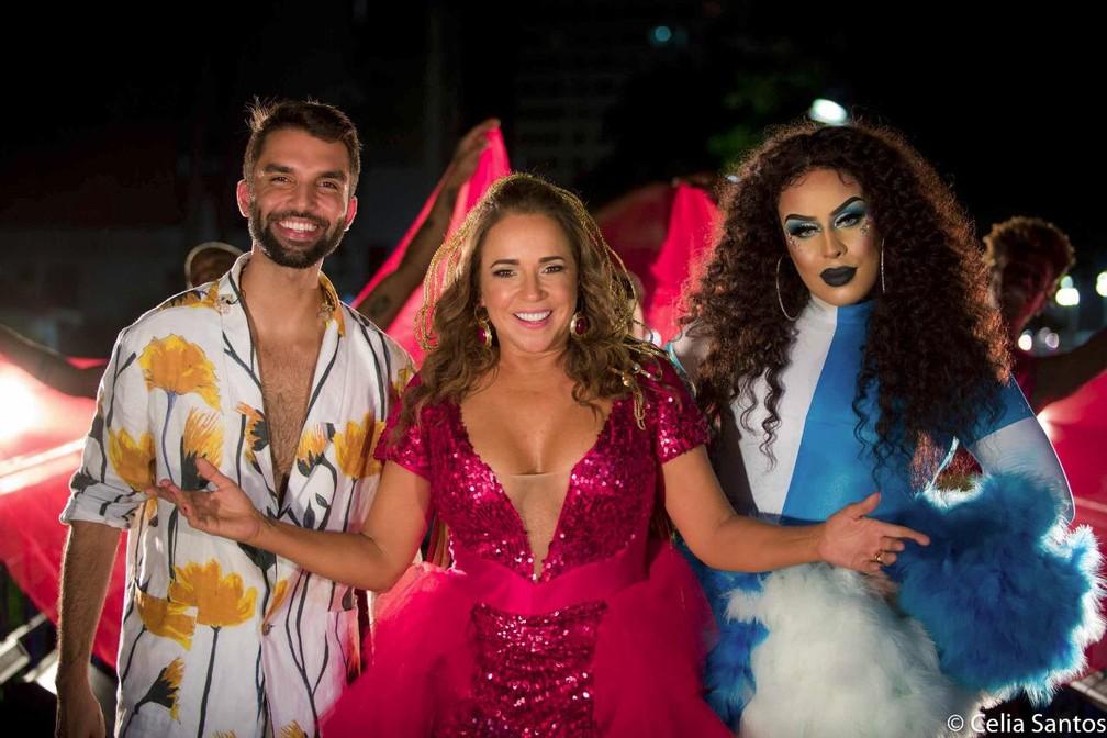Daniela Mercury teve Silva e Gloria Groove como convidados em trio. — Foto: Divulgação