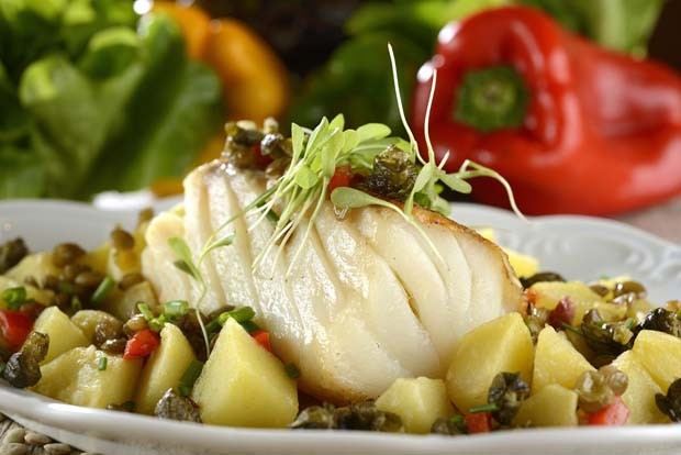 Roasted Codfish with potatos (Foto: Mauro Holanda - stock.adobe.com)