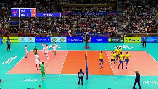 4º set - Brasil fecha o set e empata o jogo,