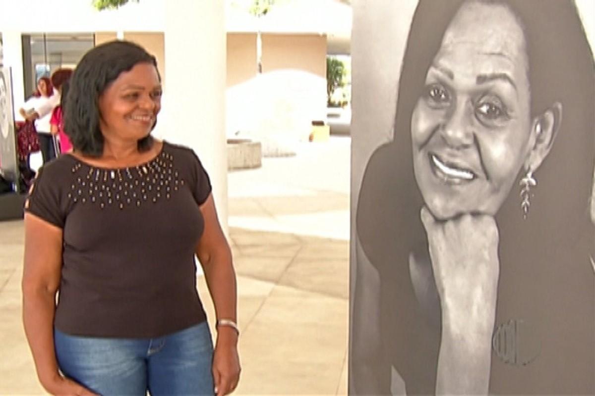 Exposição de fotografias alerta para prevenção do câncer de mama em Mogi