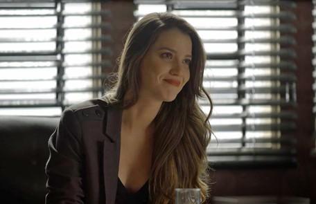Na quarta, (16), Fabiana (Nathalia Dill) vai armar para separa Rock (Caio Castro) e Joana (Bruna Hamú) Reprodução