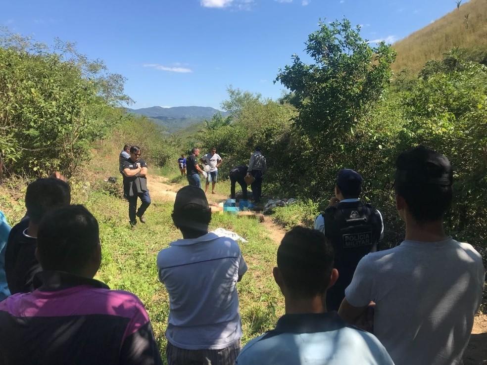 Vítimas de chacina em Palmácia, no Ceará, foram amarradas e assassinadas a tiros (Foto: Aline Oliveira/TV Verdes Mares)