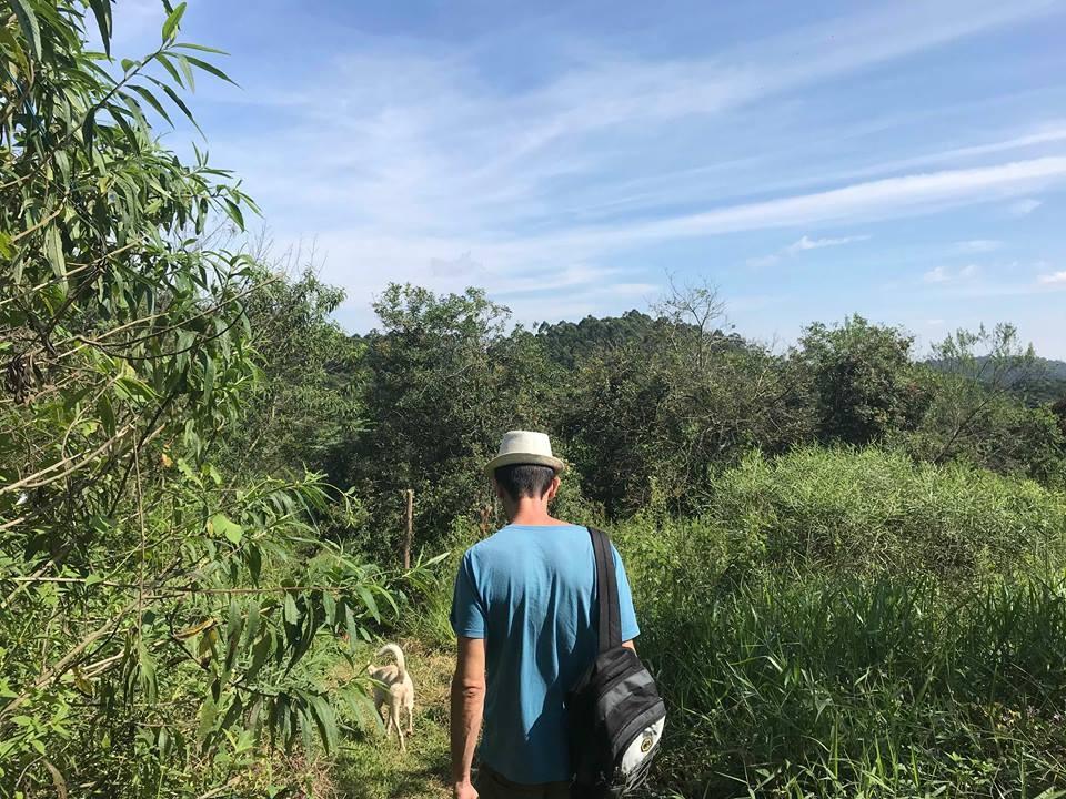 Ambientalista, Adriano Sampaio é responsável por levar o projeto de revitalização dos lagos adiante (Foto: Naiara Albuquerque)