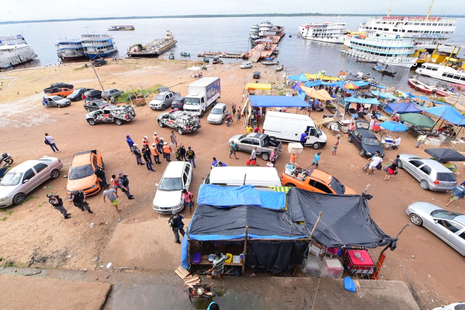 Dois foragidos são presos na Manaus Moderna durante ação da SSP-AM