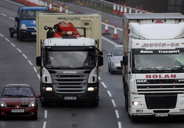 Caminhões na estrada (Foto: Getty Images)