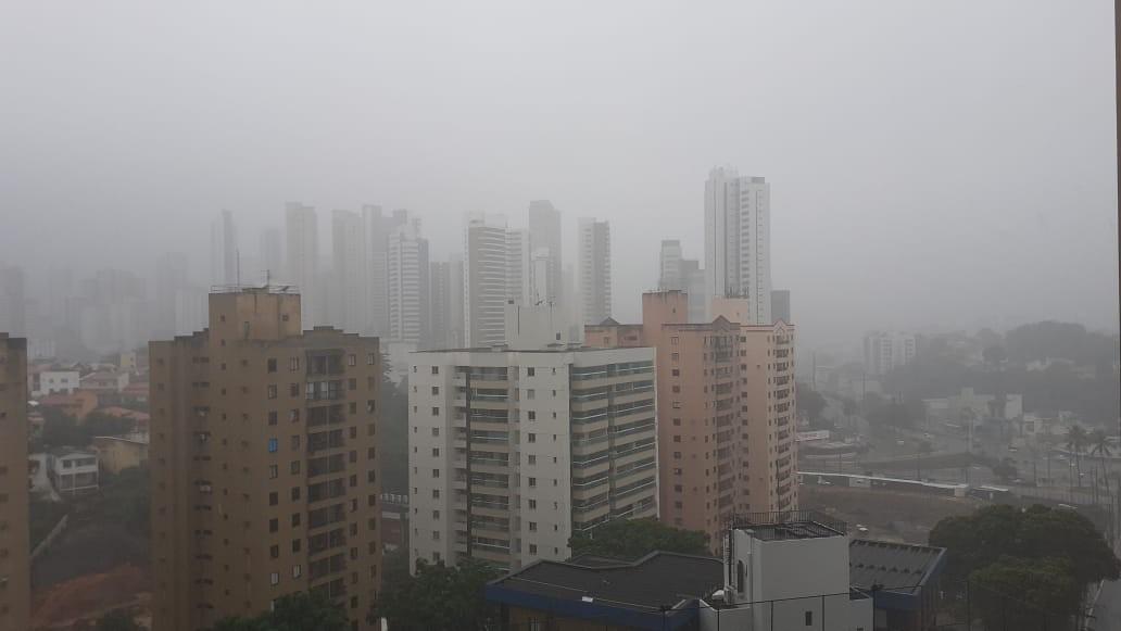 Escolas que abrigam desalojados por chuvas em Salvador só poderão ter 50 pessoas, caso sirenes sejam acionadas