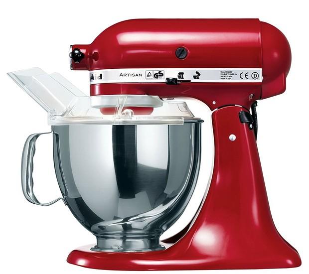 Spicy - Batedeira Stand Mixer vermelha, de R$ 2.699 por R$ 1.749 (Foto: Divulgação )