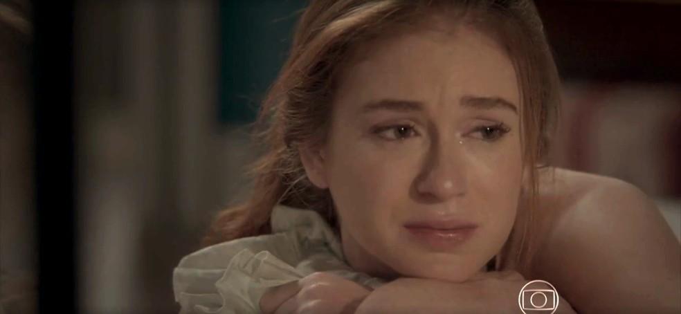 Eliza chora ao pensar em Jonatas — Foto: TV Globo