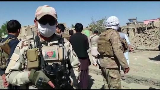 Atentado do Talibã mata pelo menos 12 pessoas e fere 179 no Afeganistão